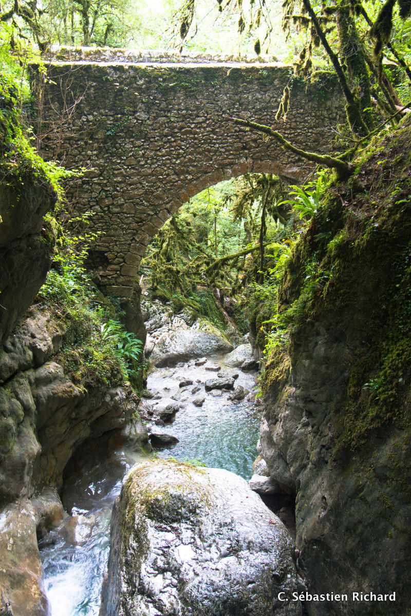 Le pont romain du canyon du Versoud