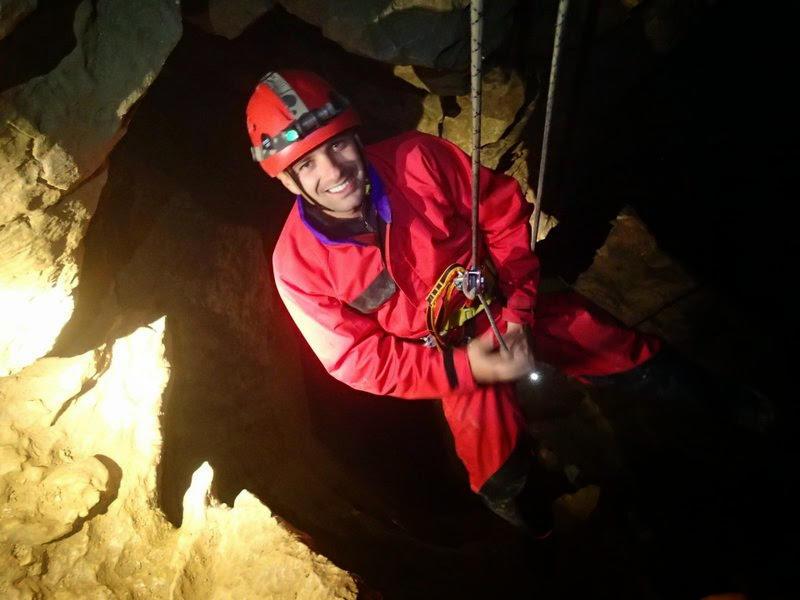 Encore une descente sur corde à la grotte des Cuves de Sassenage