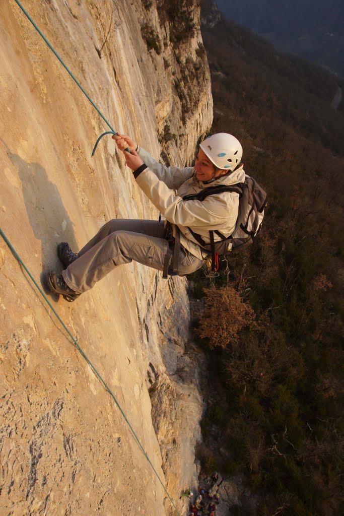 Le rappel final de 40m de la via corda de Chroranche située dans le Vercors