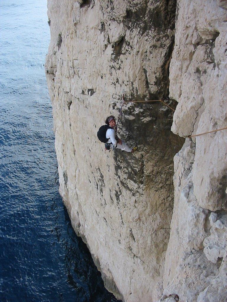 Jean Pierre fait une pause avant un passage délicat.