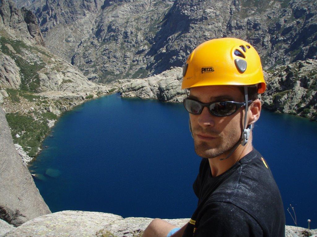 Mathieu Blanchard au sommet de la voie.