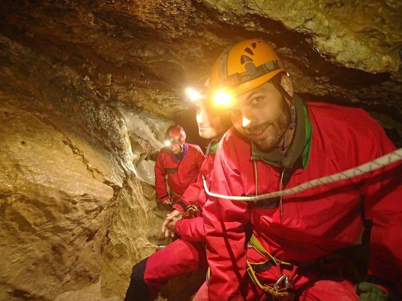 Main courante dans la grotte des cuves de Sassenage