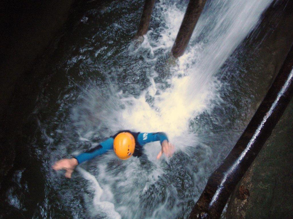 Les sauts possibles sont nombreux dans ce canyon.