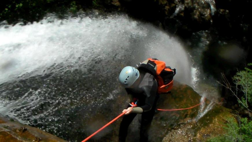 Au départ de la cascade de 40m