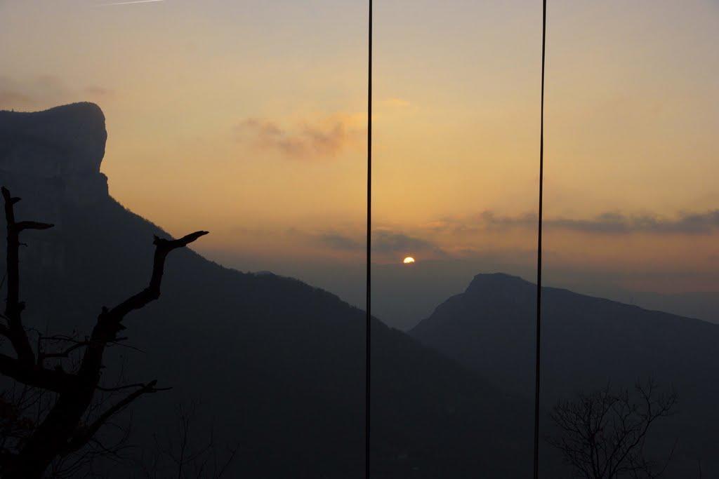 Coucher de soleil depuis les rochers de Presles dans le Vercors