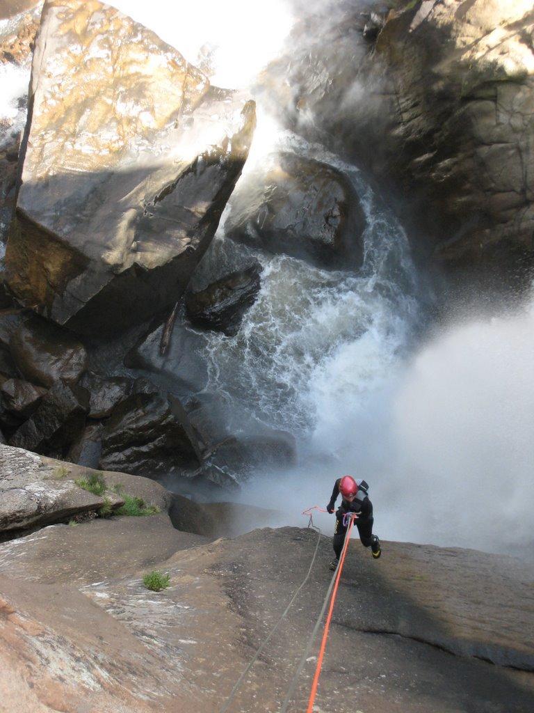 Le grand rappel de 60m qui termine le canyon.