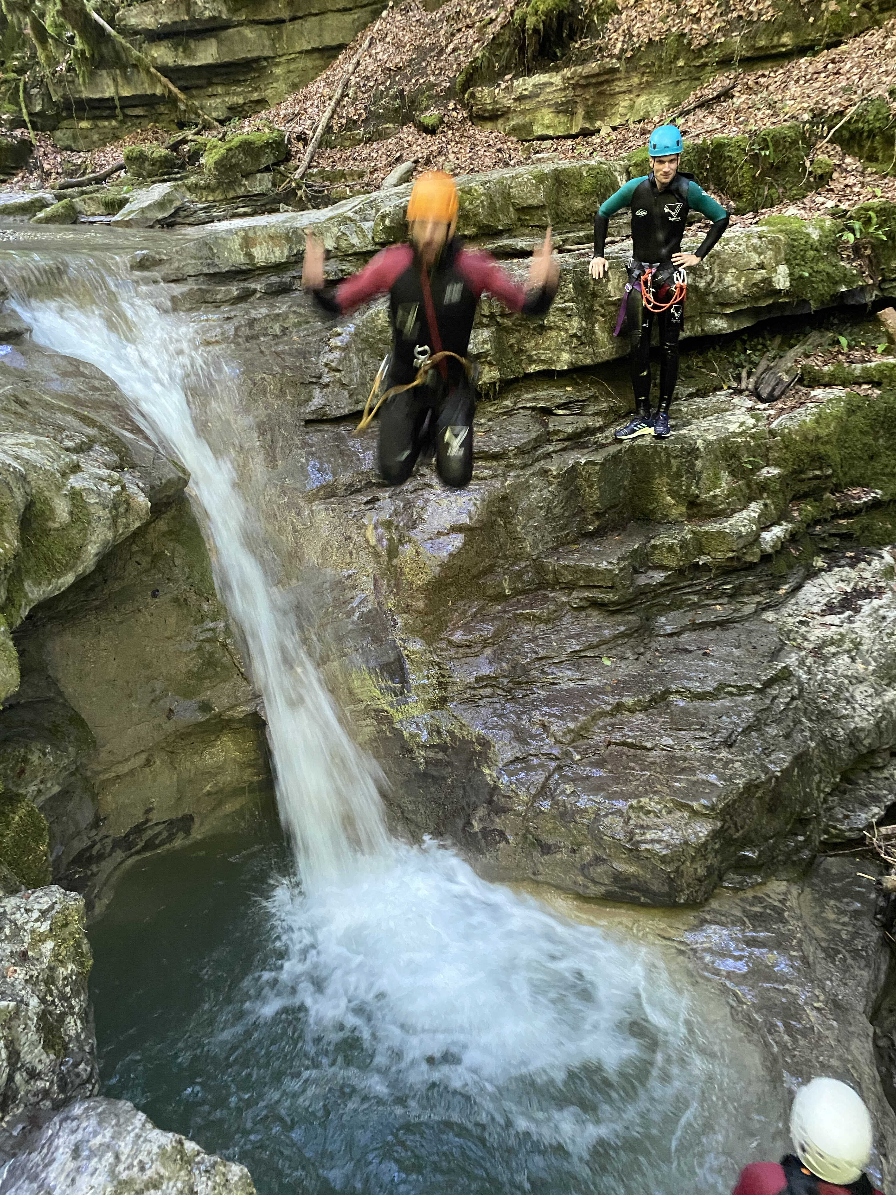 Petit saut à Angon, canyon du nan de grenant