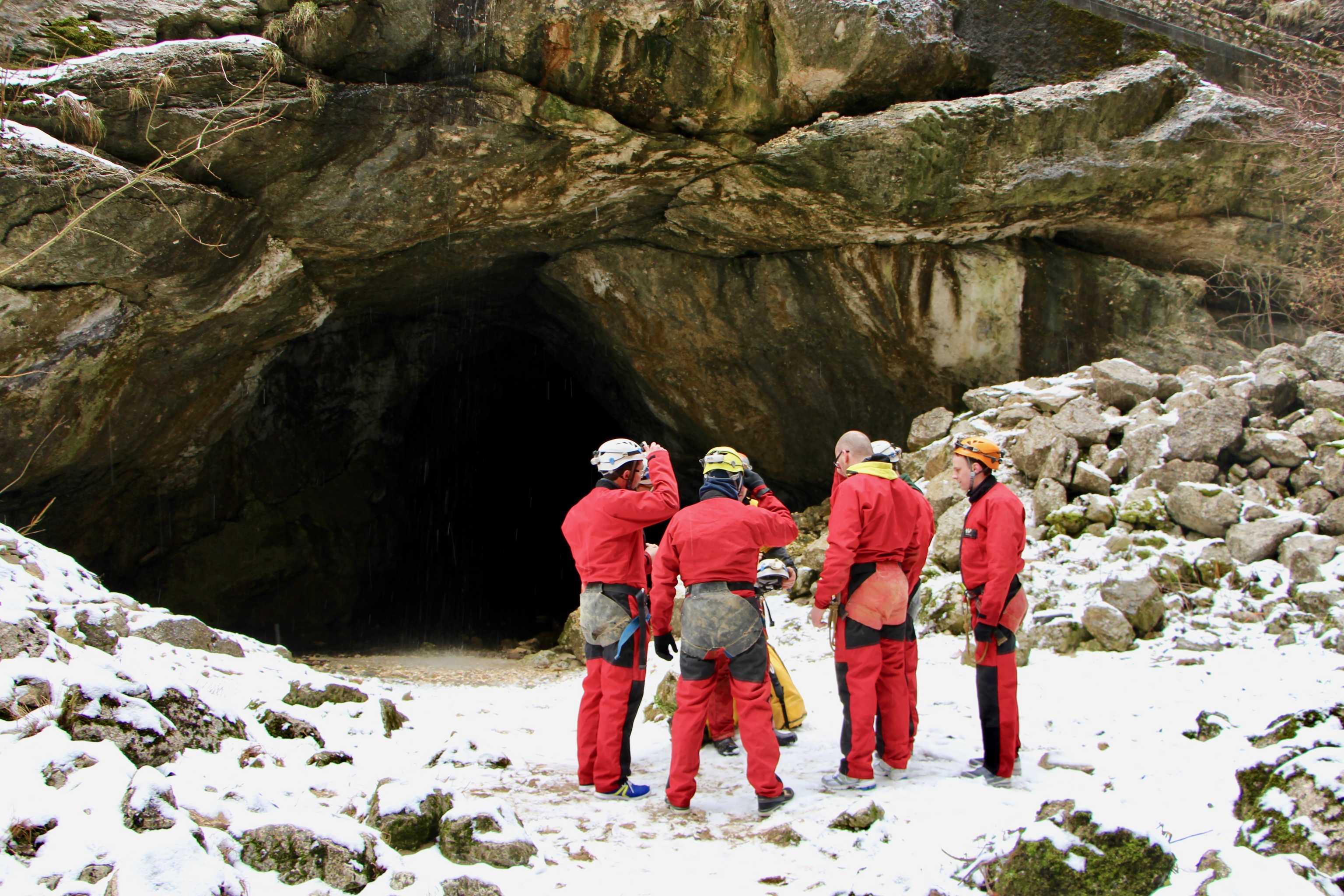 Entrée de la Grotte roche Labyrinthe