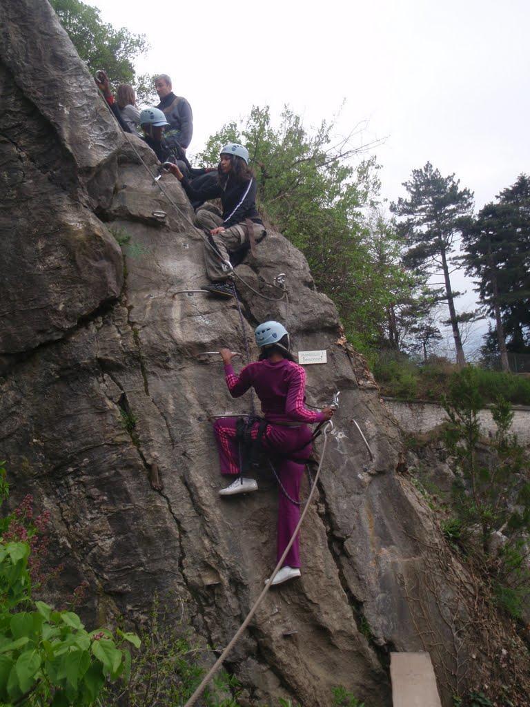 Kleiner Abstieg vor einer Balkenpassage