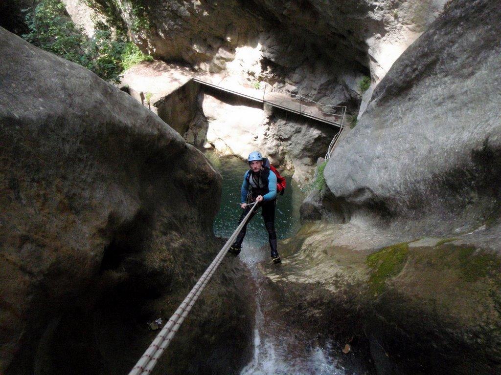 Un rappel de 30m pour finir le canyon.