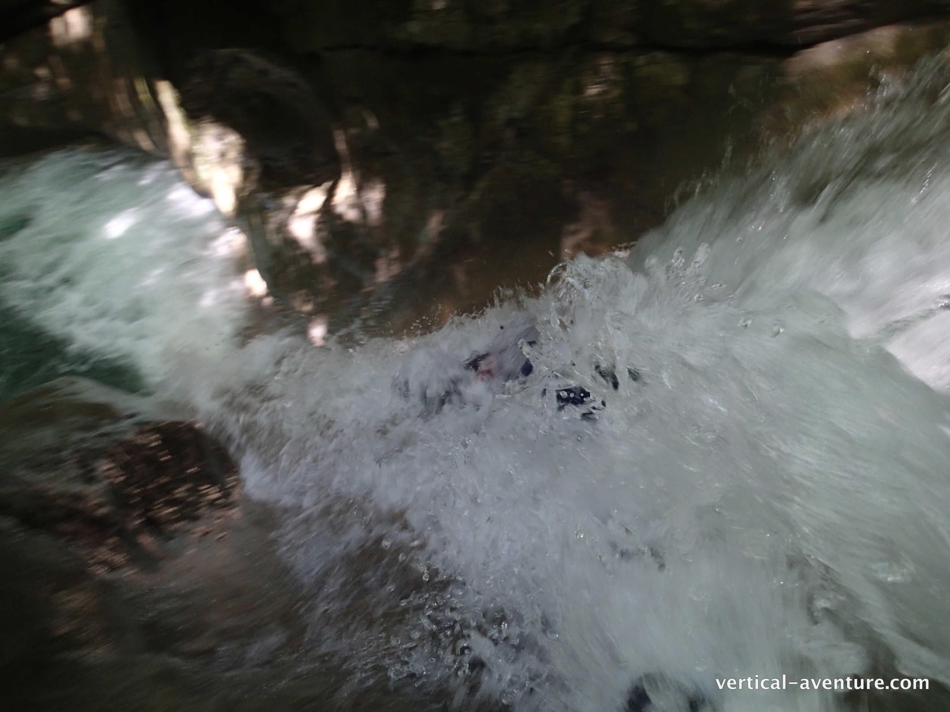 Immergé dans le premier toboggan au Ternèze