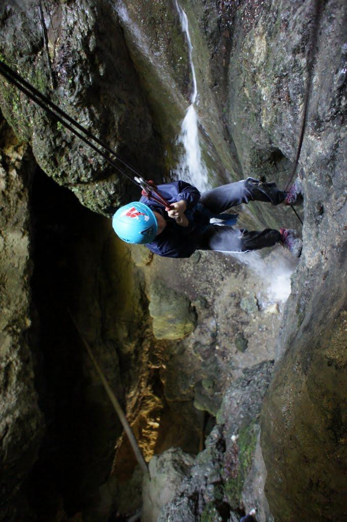 Spéléoligie et Canyoning dans une Via corda à 20 minutes de Grenoble dans le Vercors
