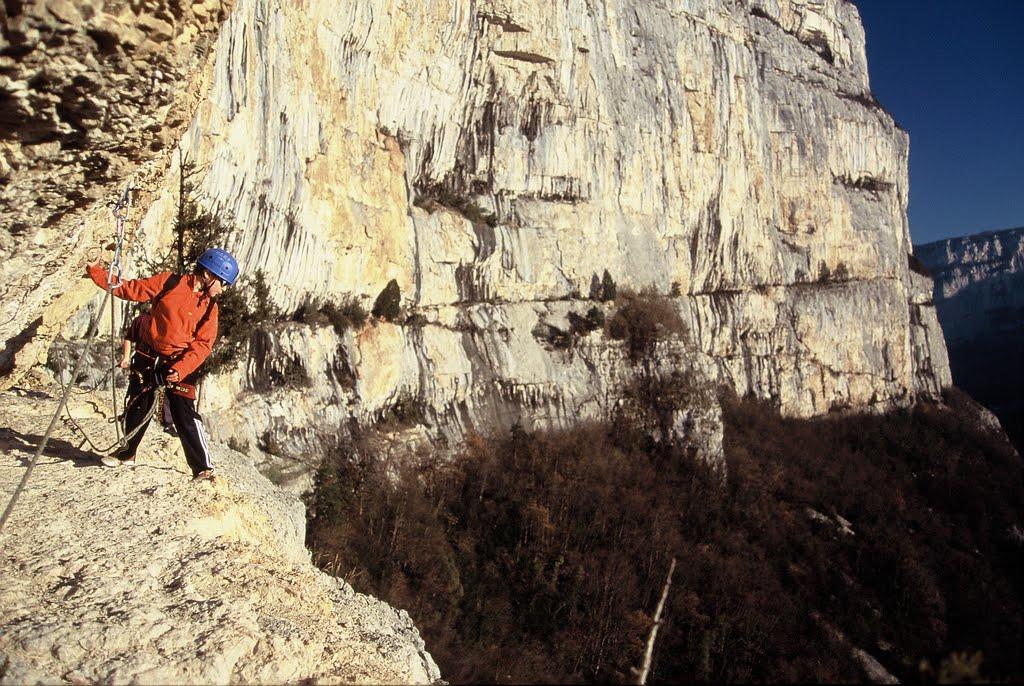 Via cordata de Choranche située sur les rochers de Presles