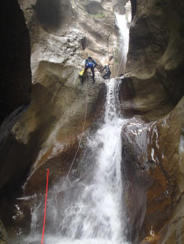 Series of abseils, Ecouges complete course, near Grenoble and Lyon, Vercors range