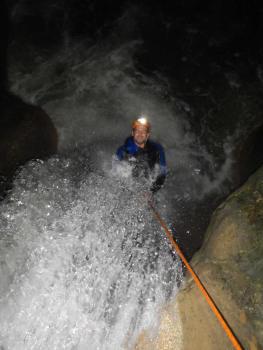 Rappel de 3m, Canyon Nocturne, proche Grenoble