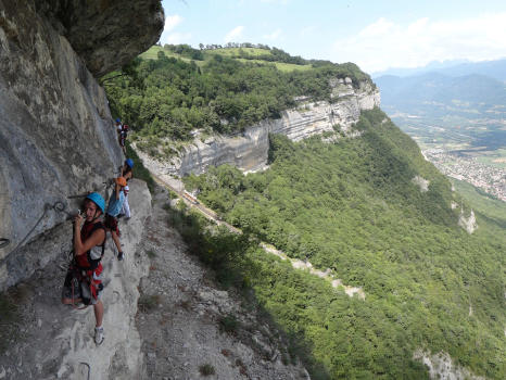 Oule via ferrata, crossing the end of lavandière course, above the funicular of Saint Hilaire du touvet