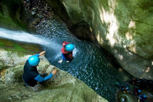 Furon Canyon, Vercors Range, a classic jump (non obligatory)